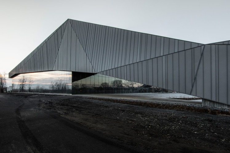 stade-de-soccer-montreal-saucier-perrotte-architectes-hcma-architecture-football-stadium-quebec-canada_dezeen_936_19