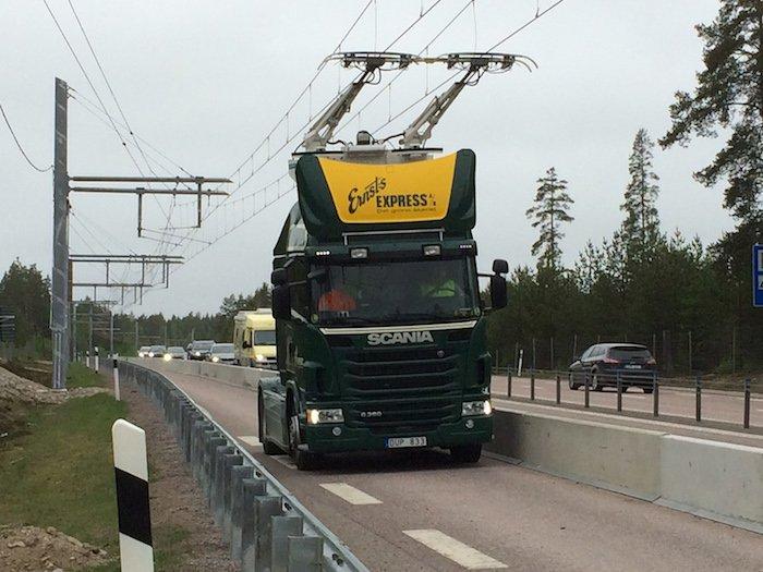 autoroute-electrique-suede-camions-01