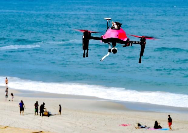 La-rapidite-de-projection-du-drone-Helper-permet-notamment-d-evite-a-la-victime-de-paniquer_afp-article