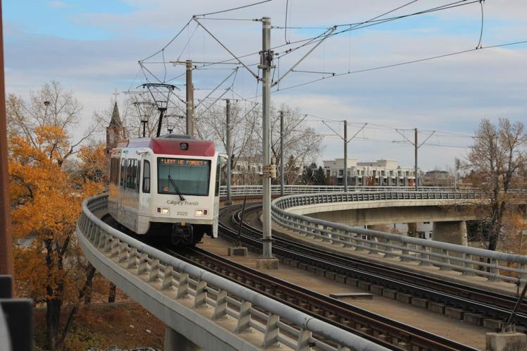 calgary-residents-can-soon-buy-a-monthly-transit-pass-for-5-body-image-1469802289-size_1000
