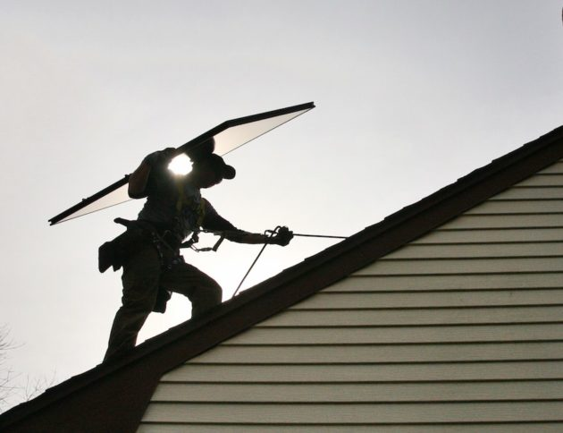 160810-roof-solarcity-630x484.jpg