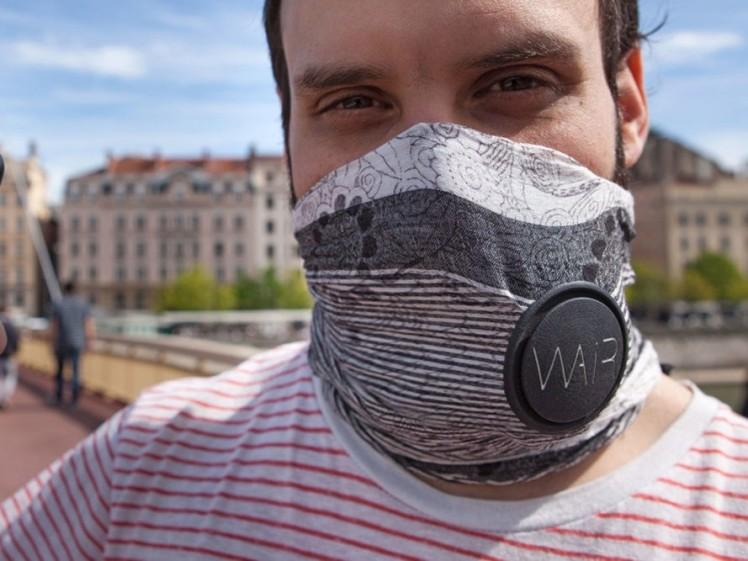 wair-pollution-scarf-1-889x667