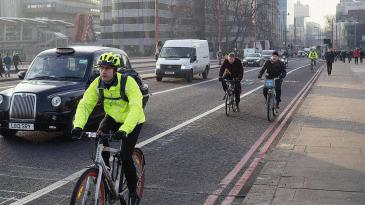 3066267-poster-p-1a-londons-mayor-will-spend-1-billion-on-cycling