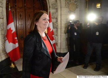 Jane Philpott, Federal Minister of Health, arrives to make an announcement regarding an act to amend the Controlled Drugs and Substances Act and to make related amendments to other Acts during a press conference in the foyer of the House of Commons on Parliament Hill in Ottawa on Monday, Dec. 12, 2016. THE CANADIAN PRESS/Sean Kilpatrick